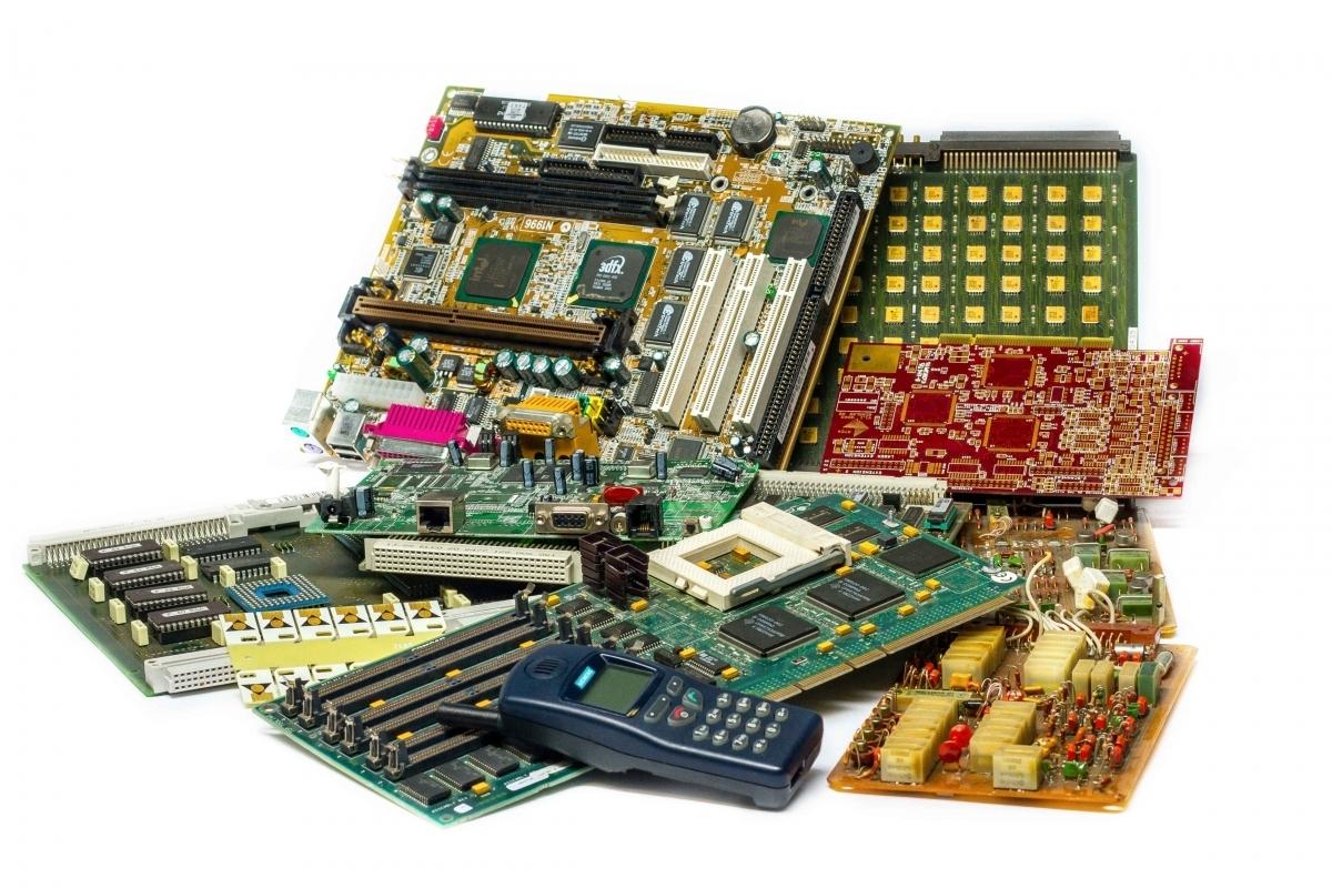 mairec edelmetall precious metals recycling elektronikschrott standard leiterplatten electronic scrap e scrap escrap standard pcbs medium low grade